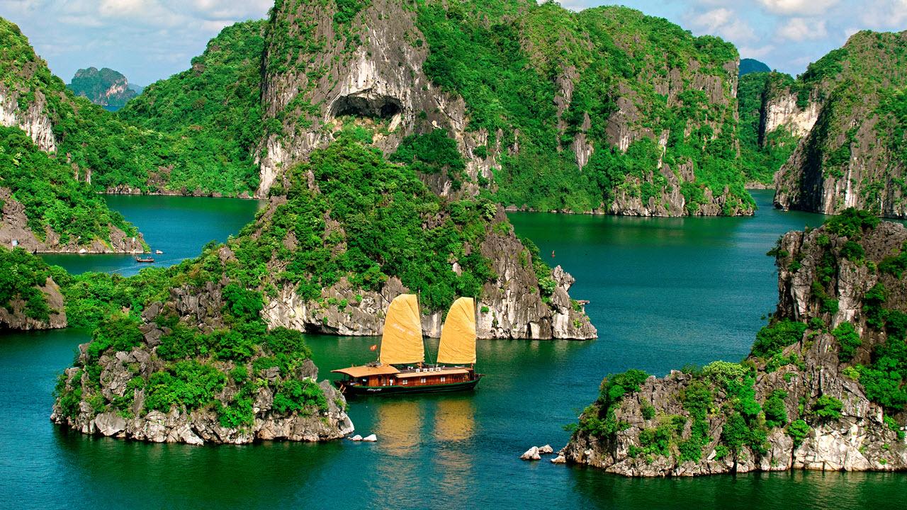 Vietnam Panorama Tour